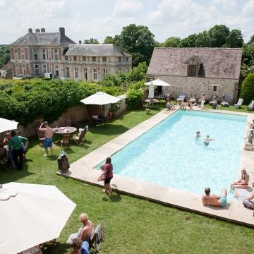 Mariage au château de Vallery, un air de vacances…