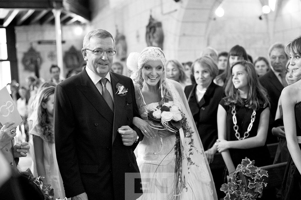 dad and bride at church